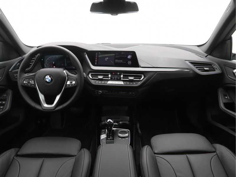BMW 2 Serie Gran Coupé 220i High Executive Luxury Line Automaat afbeelding 10