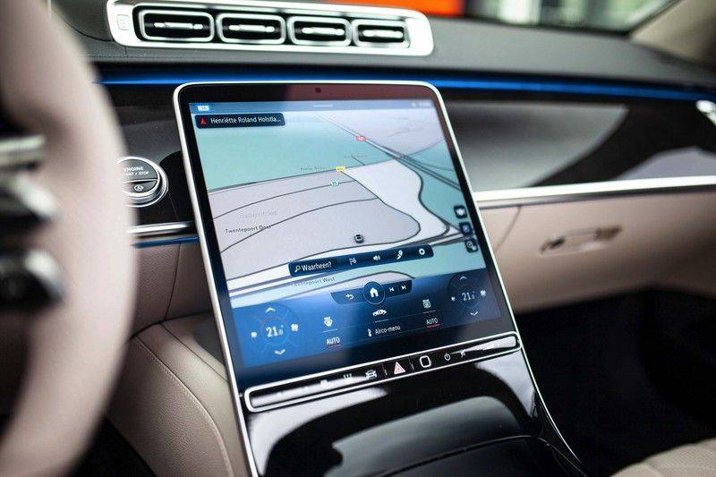 "Mercedes-Benz S-Klasse 500 4Matic Lang AMG NP €193.000 *Pano / 3D Burmester / HUD / Distronic / 21"" / 3D Display* afbeelding 15"