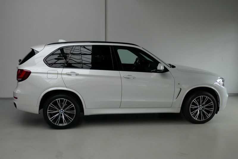 BMW X5 xDrive30d M Sport Edition afbeelding 4