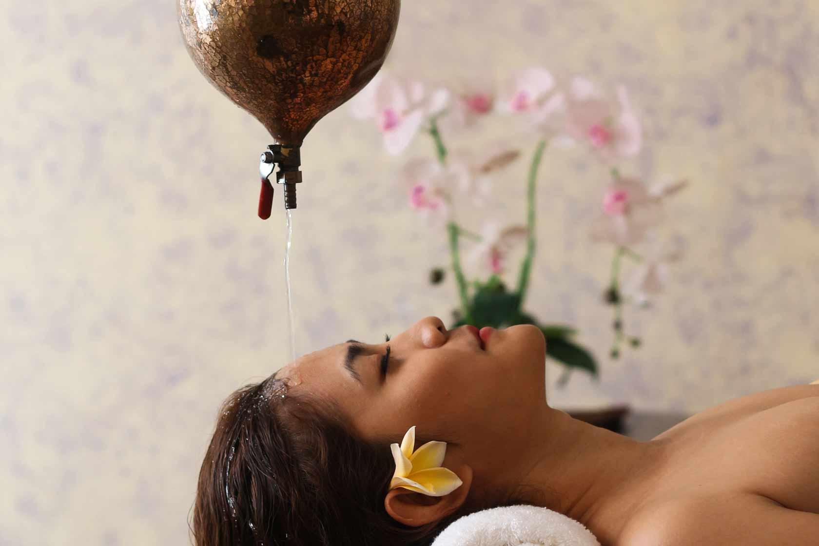 Shirodara Massage