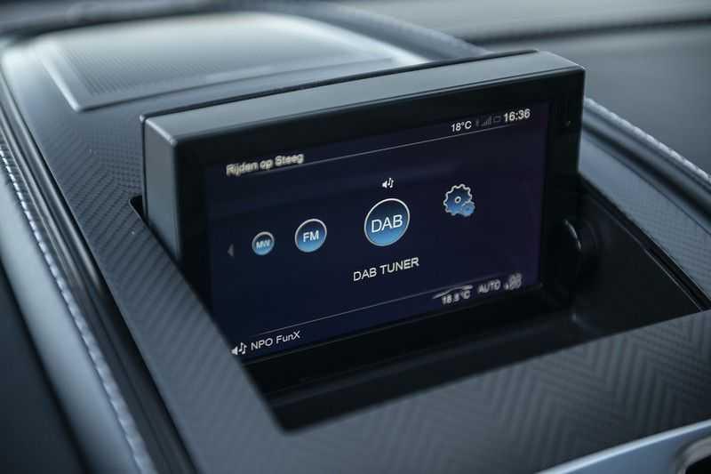 Aston Martin Vanquish Volante 6.0 V12 Touchtronic 2+2 1e eigenaar & NL Geleverd dealer onderhouden afbeelding 25