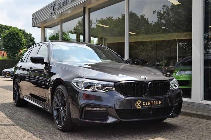 BMW 5 Serie 530i High Executive M-Sport / Pano Dak / ACC / Hud afbeelding 4