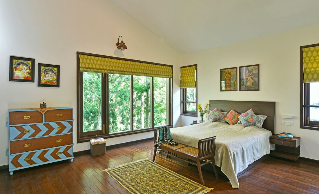 Master bedroom on the first floor of Gunina at Adar Estate in Coonoor