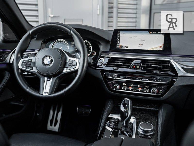 BMW 5 Serie 540i xDrive High Executive afbeelding 9