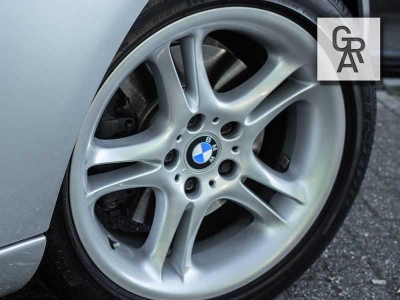 BMW Z8 | Rood leder | Origineel | Concours staat afbeelding 22