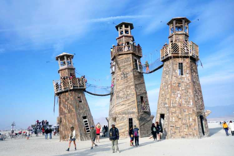 Burning Man Leaning Towers