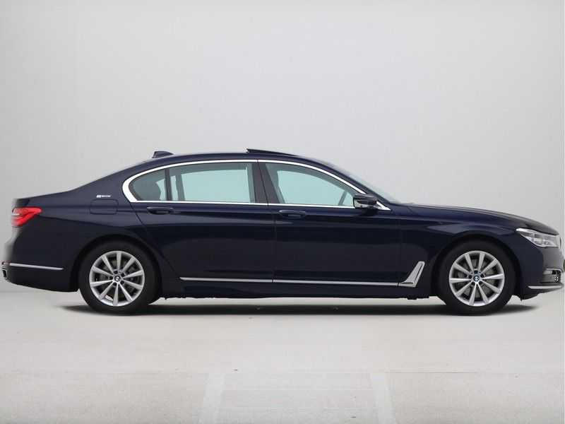 BMW 7 Serie 740Le PHEV High Executive Automaat afbeelding 7