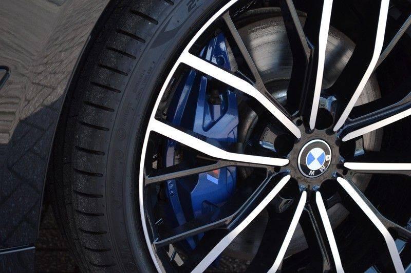 BMW 5 Serie Touring 540i xDrive 333pk M-Sport Pano Laser Comfort LiveCp DA+ HUD 20inch afbeelding 22