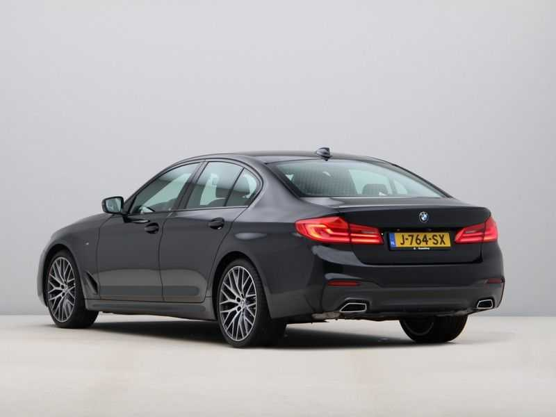 BMW 5 Serie 520i High Exe Aut. M-Sport afbeelding 2