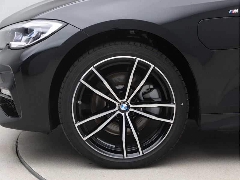 BMW 3 Serie 320e High Exe M-Sport Hybrid afbeelding 20