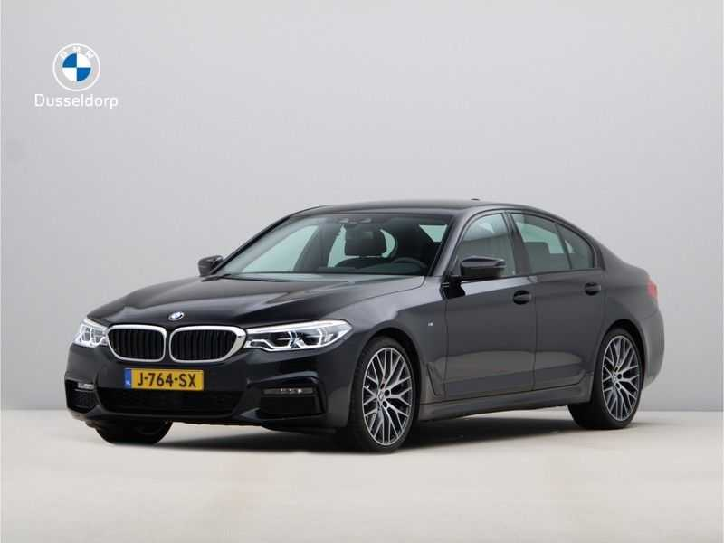 BMW 5 Serie 520i High Exe Aut. M-Sport afbeelding 1
