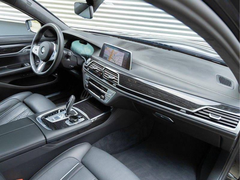 BMW 7 Serie 745e High Executive - M-Sport - 4x Comfortzetel - Stoelventilatie - Volleder afbeelding 14