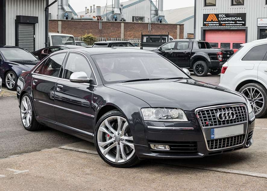 Audi s8 car with untinted windows from front