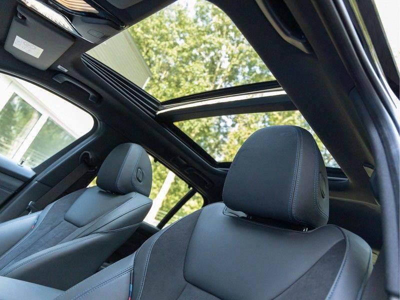BMW 3 Serie Touring 330e xDrive M-Sport - Panorama - Active Cruise - Harman Kardon - Camera afbeelding 4