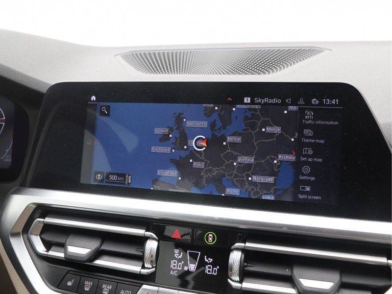 BMW 3 Serie Touring 318i Executive Edition Sport Line Automaat afbeelding 19