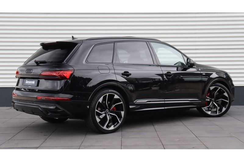 Audi Q7 60 TFSI e quattro Competition Panoramadak, BOSE, Massage, Ruitstiksel, Trekhaak afbeelding 5