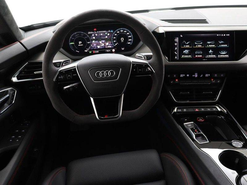 Audi e-tron GT RS   Stoelventilatie/Massage   Head-Up   Carbon   Matrix LED   360 Camera   Nachtzicht   afbeelding 3