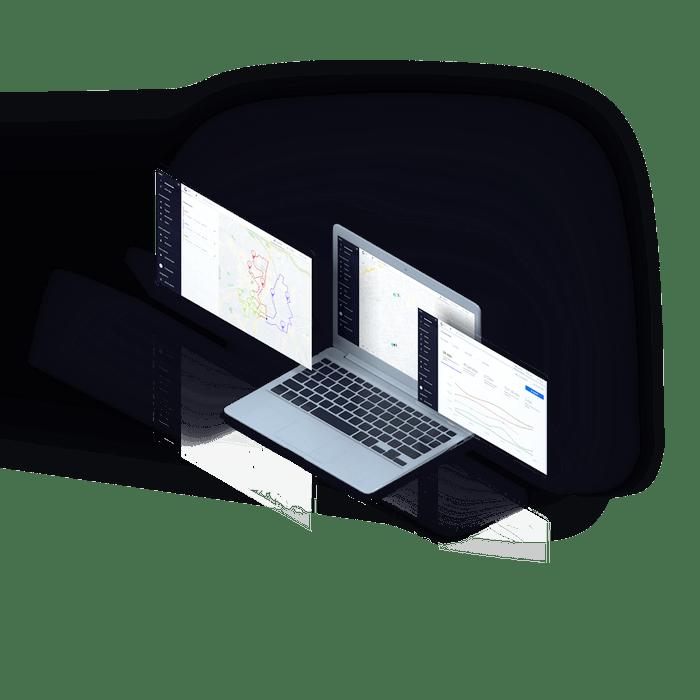 Notebook mostrando múltiplos telas do software da Cobli
