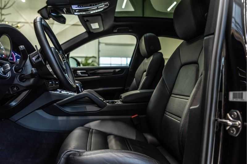 Porsche Cayenne Coupé 3.0 | BOSE | Adaptieve luchtvering | Led-Matrix | Licht Design pakket afbeelding 11