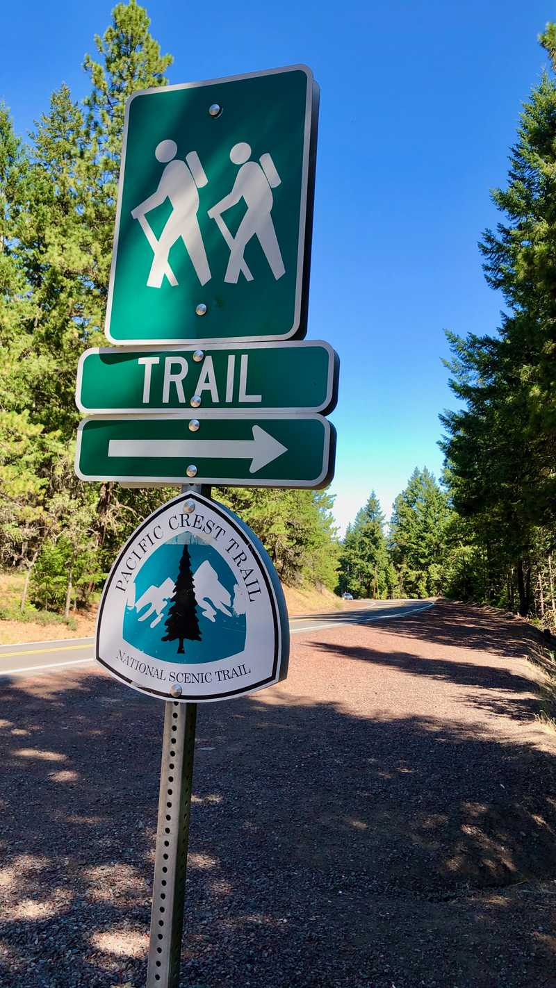 The trailhead at Old Highway 99