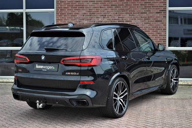 "BMW X5 M50d 400pk Skylounge Luchtv DA+ PA+ Trekh NL-auto 22"" Comfortzetels afbeelding 16"