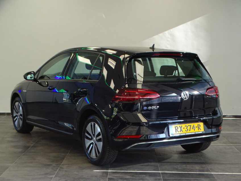Volkswagen e-Golf e-Golf MARGE! LED Navigatie Clima Cruise Warmtepomp Virtual CP Camera afbeelding 8