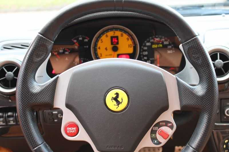 Ferrari F430 4.3 V8 F1 full ferrari history afbeelding 9