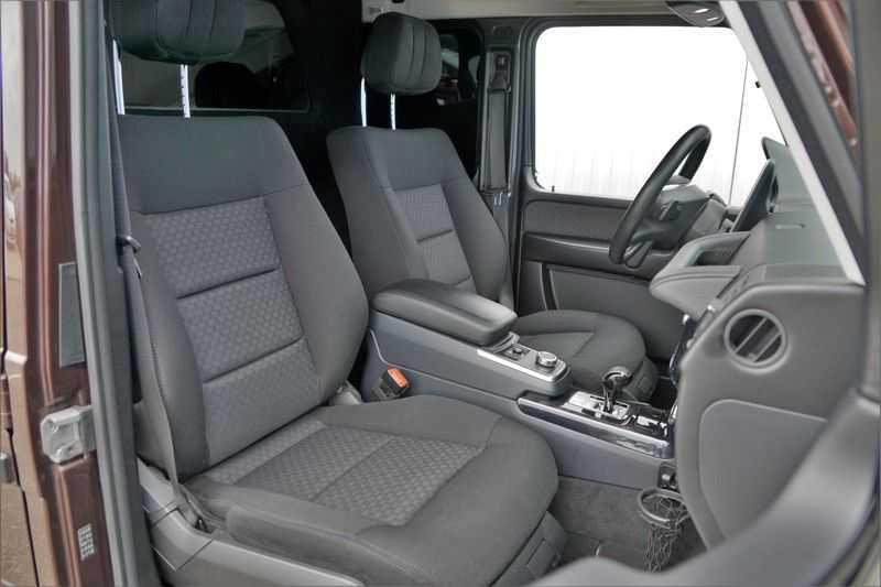 Mercedes-Benz G-Klasse 350 D / Grijs kenteken / Ex. BTW / NL-Auto / 68dkm NAP / Camera / Trekhaak / Climate / Cruise afbeelding 4