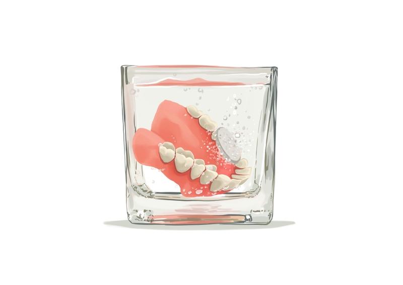 Storing dentures in water