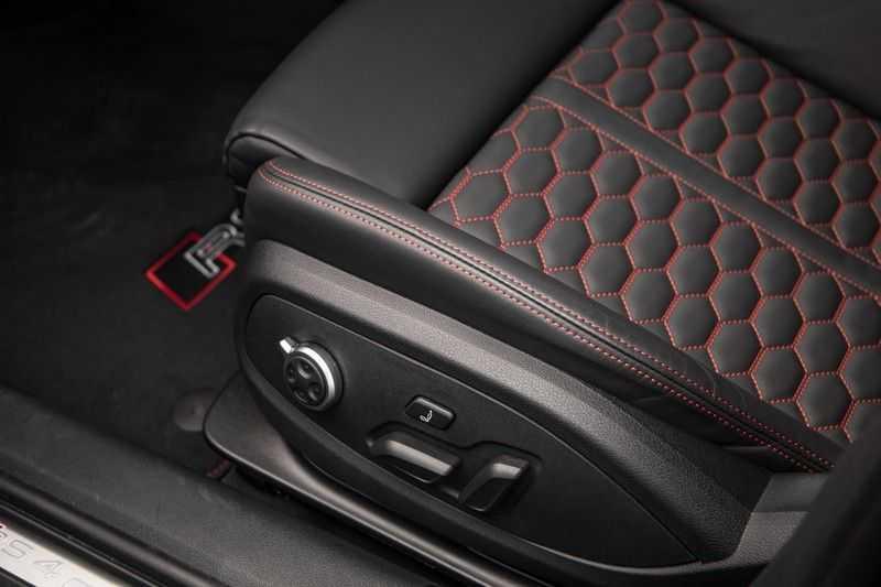 Audi A4 Avant 2.9 TFSI RS 4 quattro afbeelding 21