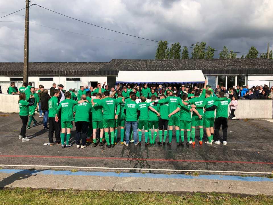 KCVV ULtras op kampioenenmatch