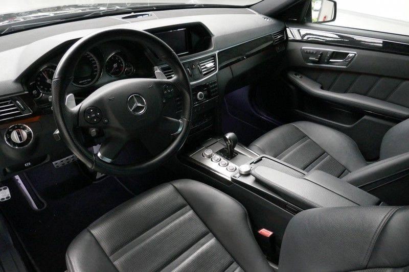 Mercedes-Benz E-Klasse 63 AMG - B63 BRABUS Unieke auto afbeelding 17
