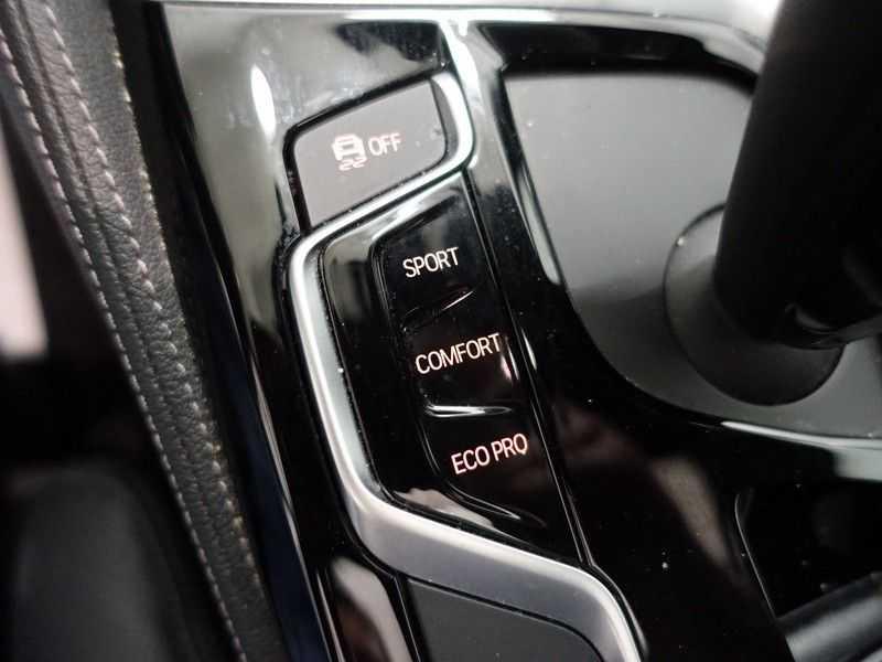 BMW 5 Serie Touring 520i High Exe 210pk M- Perfomance Powerkit- Pano, Leer, Full afbeelding 19