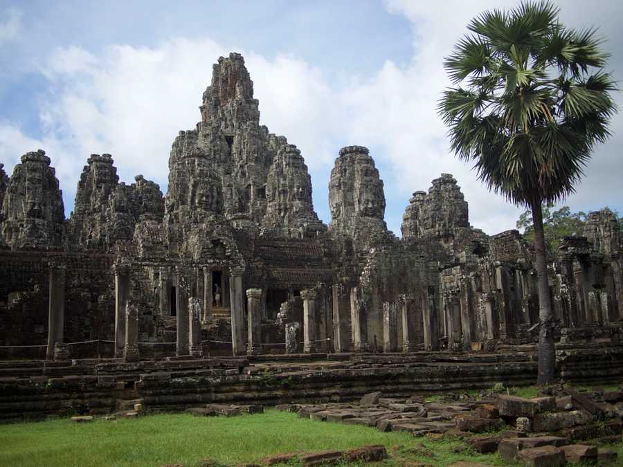 Bayon Temple has faces carved everywhere