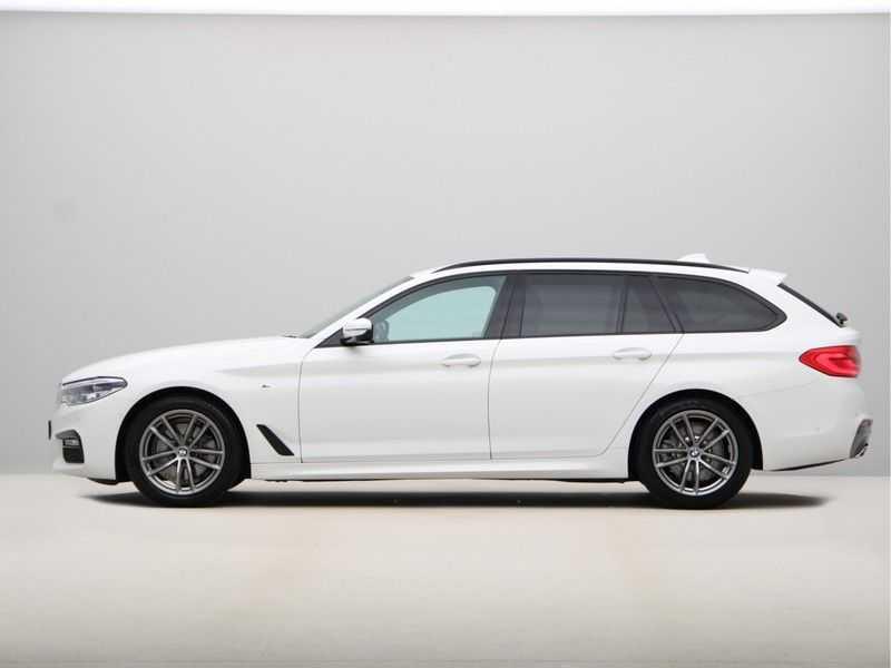 BMW 5 Serie Touring 520d High Executive M-Sport Aut. afbeelding 11