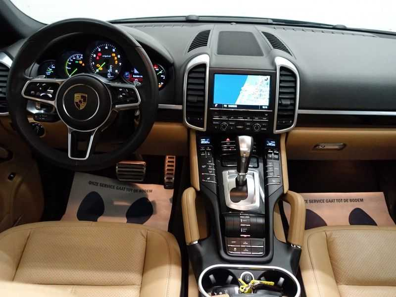 Porsche Cayenne 3.0 S E-Hybrid Sport 334pk Autom Bi Colour Leder, Panodak, Navi, Xenon Led afbeelding 6