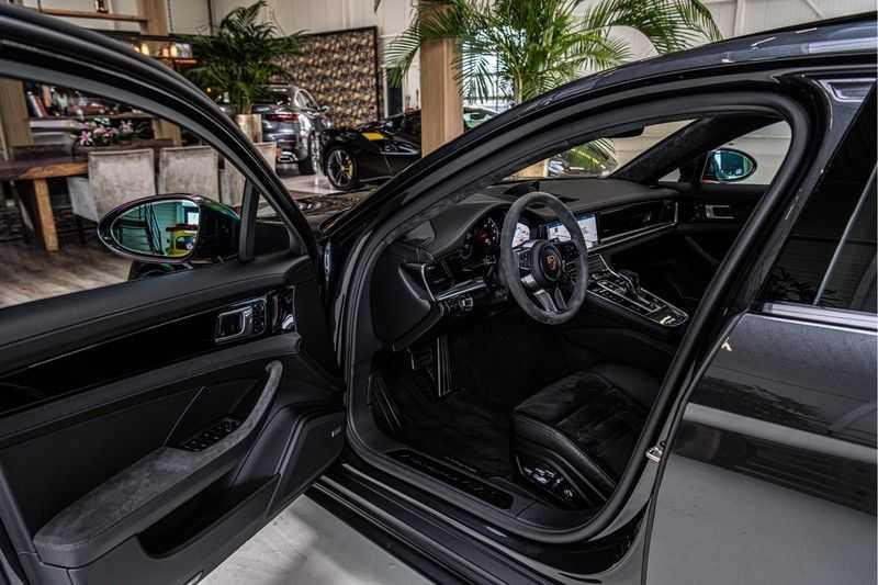 Porsche Panamera GTS Sport Turismo 4.0 | BOSE | Panorama | Alcantara | Comforttoegang | PDLS | PASM afbeelding 15