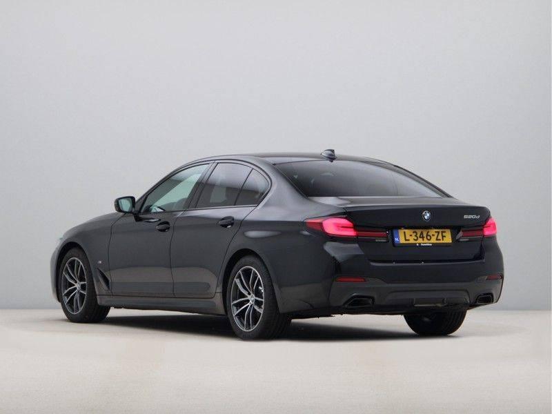 BMW 5 Serie 520d Sedan High Exe M-Sport afbeelding 11