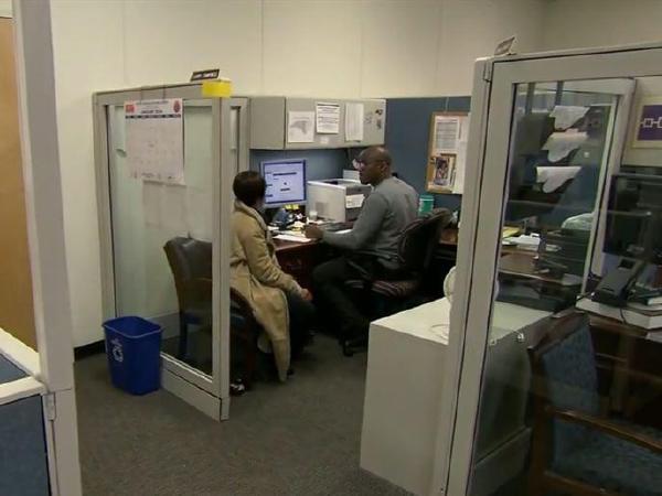 실업수당청구 증가…고용시장활력 유지