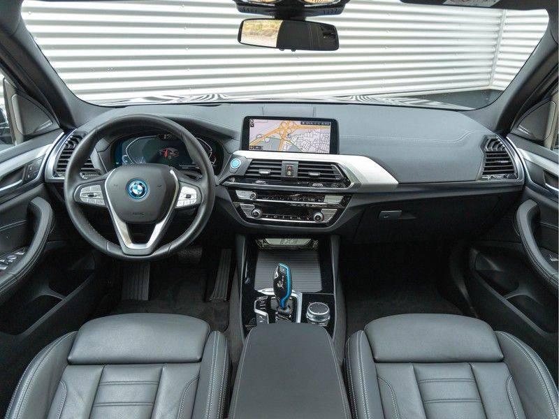 BMW iX3 High Executive - Trekhaak - Direct Beschikbaar! afbeelding 12