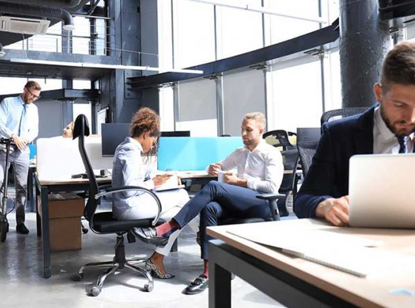 Accruent - Resources - Blog Entries - 3 Trends in the 2020 Workplace Experience - Hero