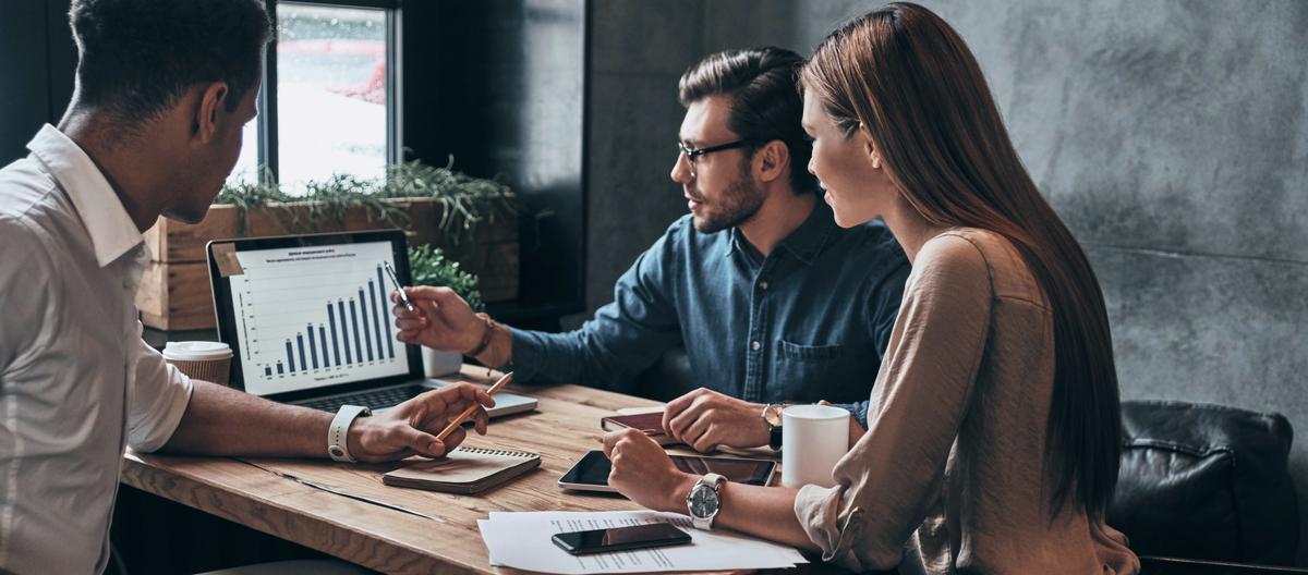 Accruent - Resources - Webinars - Benchmarking Your Capital Planning Data - Hero