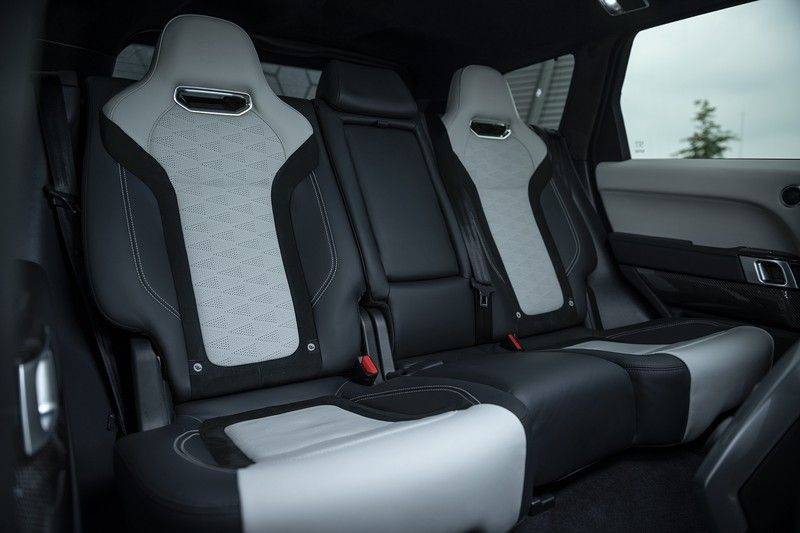 "Land Rover Range Rover Sport P575 SVR 'Solid Gloss Avocado' Carbon SVR motorkap + Drive Pro Pack + Panoramadak + 22"" + Stoelkoeling + Head-Up + Stuurwielverwarming + Carbon interieur afbeelding 16"