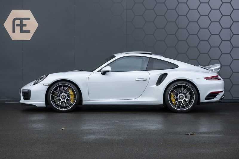 Porsche 911 Turbo S 991.2 3.8 Carbon seats + Keramisch + 4-wiel best. + NP € 331.000,- + Dak + Carbon + Bose + Carplay + ACC afbeelding 6