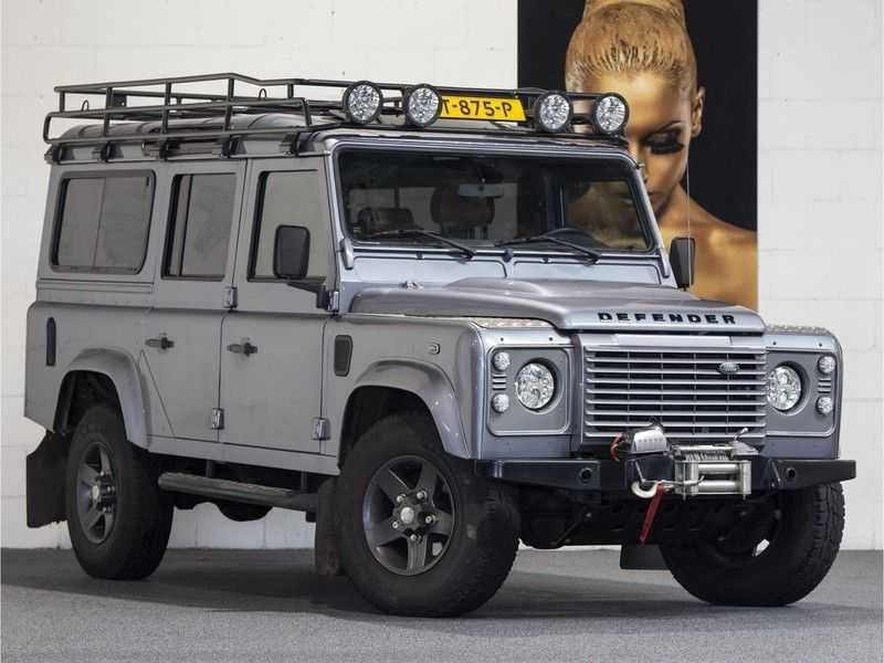 Land Rover Defender 2.4 TD 110 SW SE 7-zits Extreem compleet! afbeelding 1