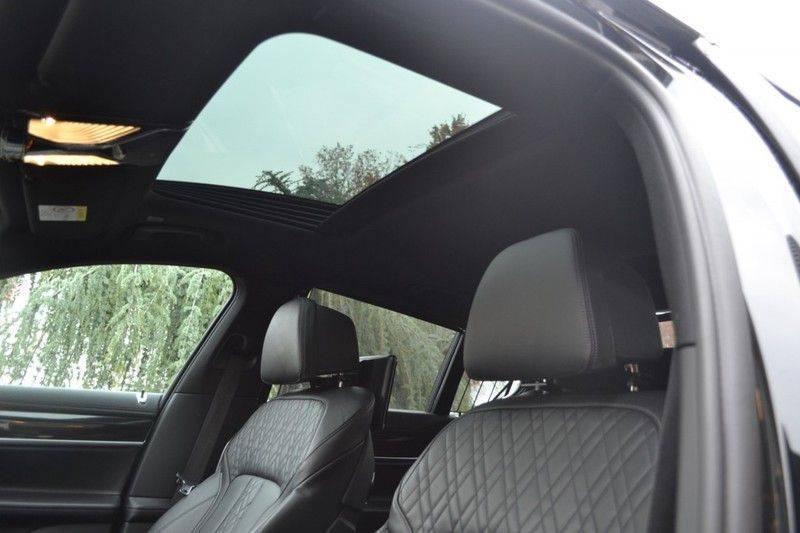 BMW 7 Serie 740d xDrive M sportpakket NP €165.000 afbeelding 7