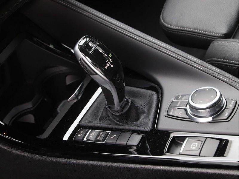BMW X2 sDrive20i High Exe M-Sport afbeelding 15
