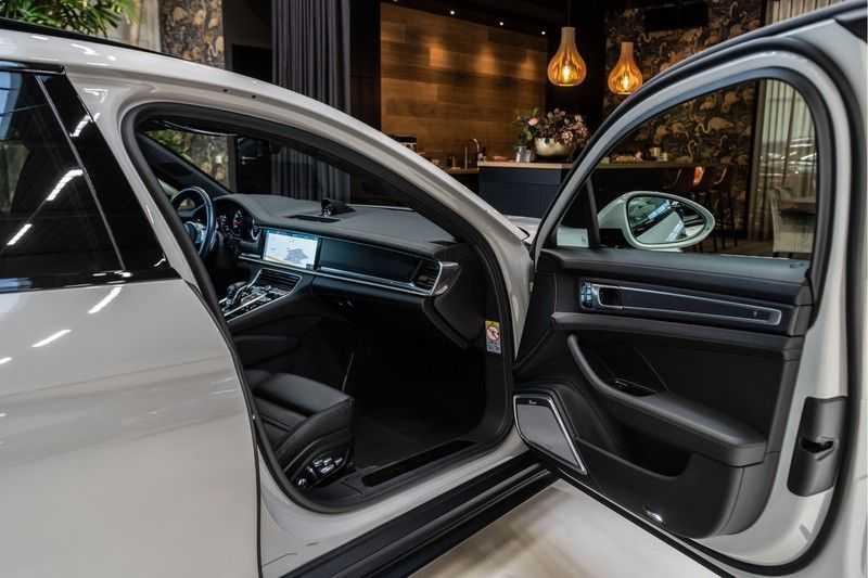 Porsche Panamera Sport Turismo 4.0 GTS   Innodrive   Panorama   Burmester   Head Up Display   NP 229.000 afbeelding 15