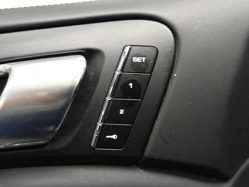 Porsche Cayenne 3.0 S E-Hybrid Sport Chrono Plus 334pk Aut, Pano, Leer, Camera, Full! afbeelding 16