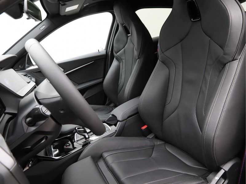 BMW 1 Serie 118i High Exe Edition Aut. M-Sport afbeelding 11